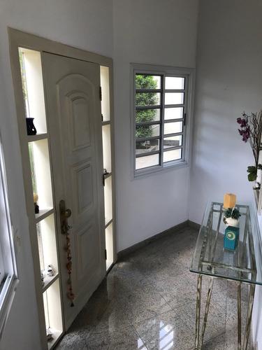mansão duplex cond.fechado,terreno 642 m2, 5q,2suítes,3 vgs