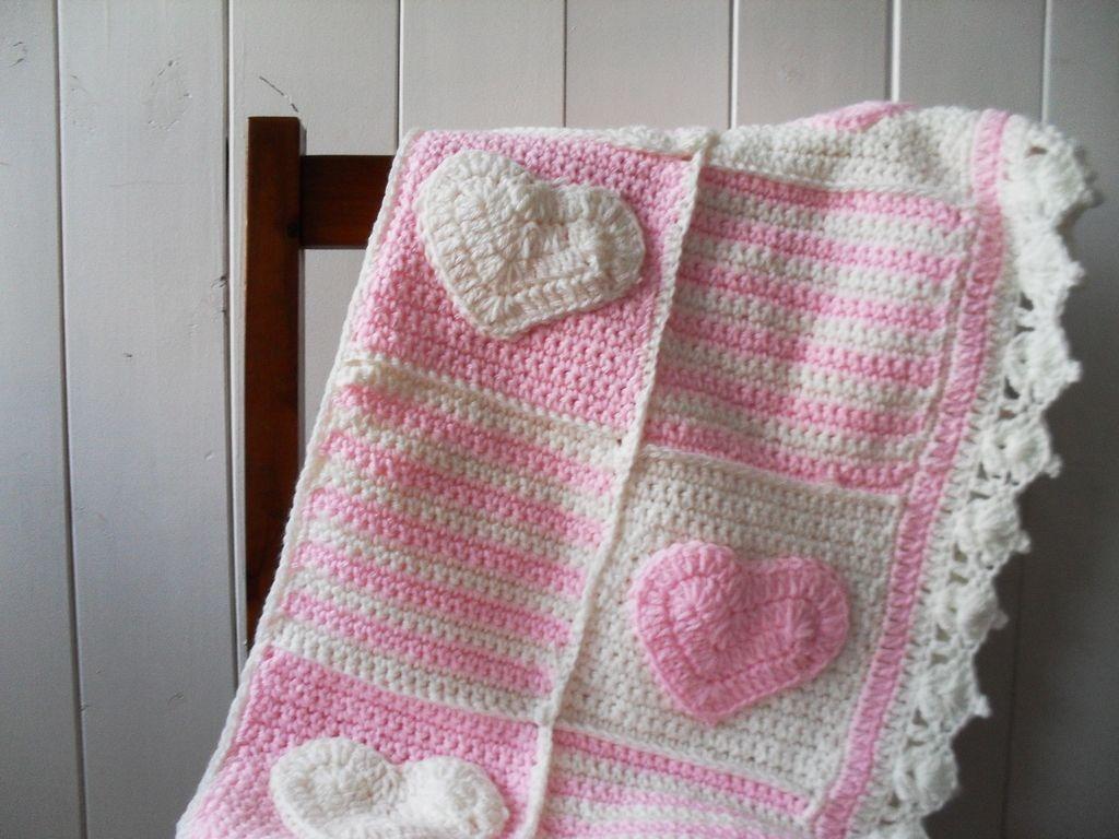 Manta Corazon Tejidas A Mano En Crochet Para Nena Cuna - $ 1.800,00 ...