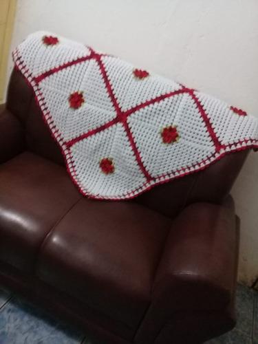 manta de sofá em crochê 2 e 3 lugares