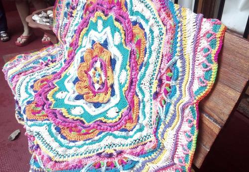 manta mandala tejida al crochet