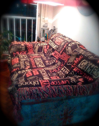 manta tejida estampado techno chocolate cama- cubre sofá
