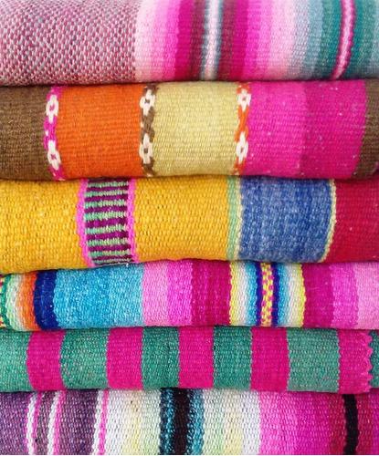 mantas/alfombras/ aguayos tejidos en telar