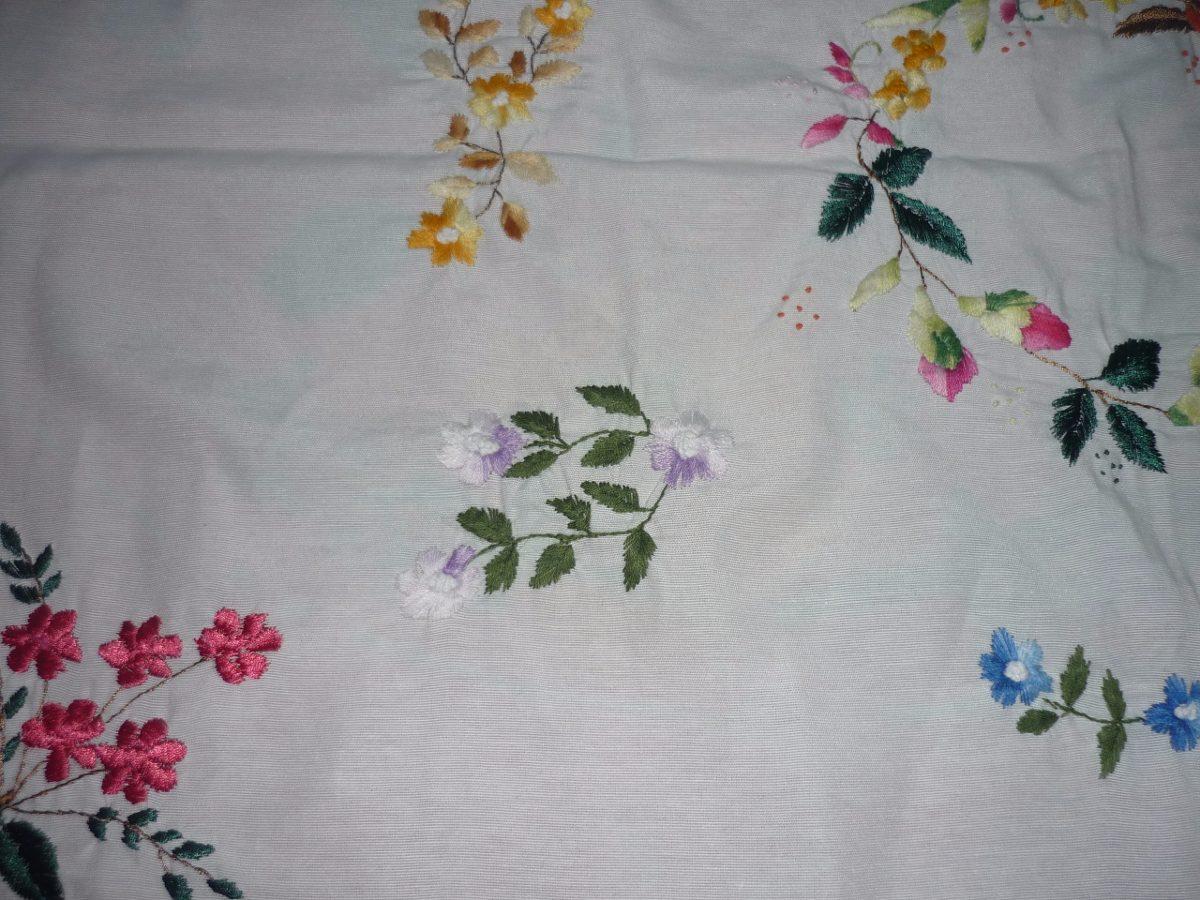 Manteles bordados y tejidos a mano bs 90 00 en mercado libre - Manteles bordados ...
