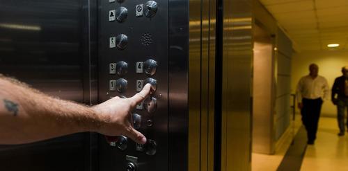mantenimiento ascensores reparaciones modernizaciones caba