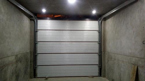 mantenimiento de puertas levadizas, corredizas y seccionales