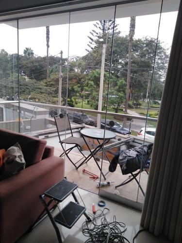 mantenimiento instalación de mamparas, vetanas y muebles