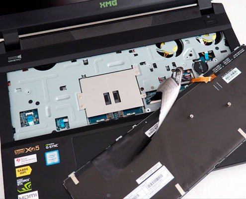 mantenimiento para laptop y pc de escritorio