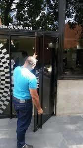 mantenimiento reparacion puertas vidrio, baño ventanas