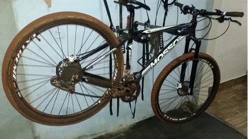manutenção e revisão geral de bicicletas