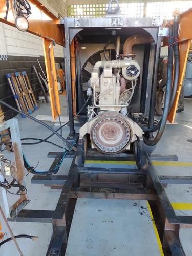 manutenção em compressor!