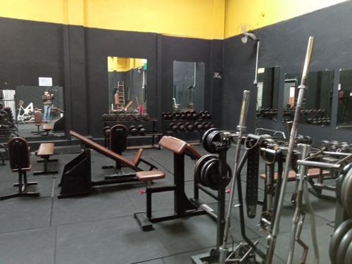 manutenção em equipamento fitness