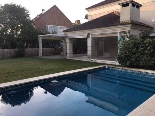 mao. excelente casa en alquiler en el barrio la alameda, nordelta
