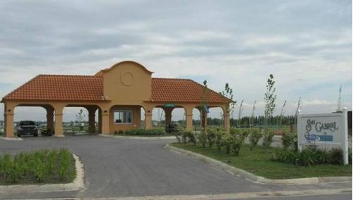 mao. muy buena casa en lote interno en el barrio san gabriel