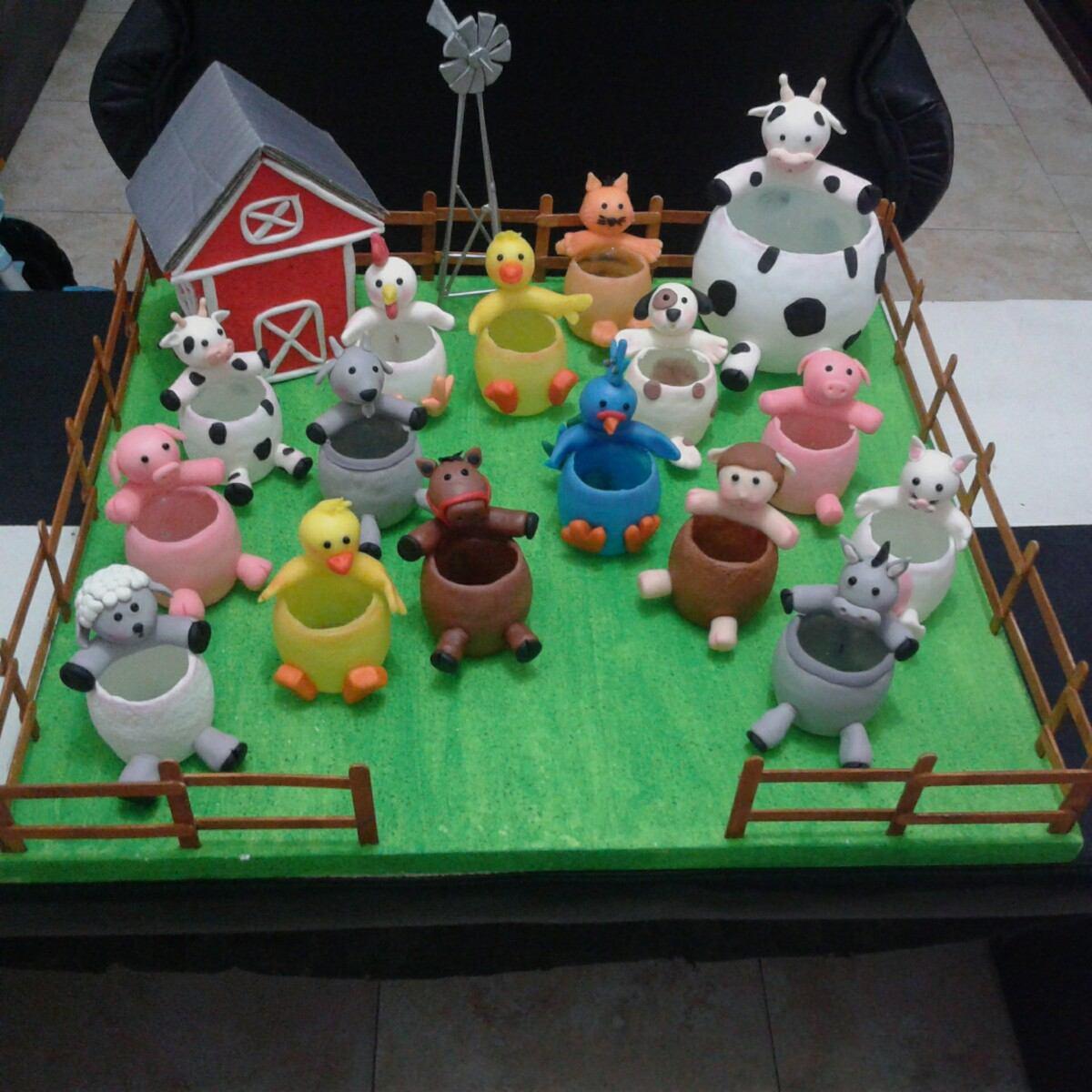 Imagenes de maquetas de la granja maqueta de granja for Como hacer una granja de peces