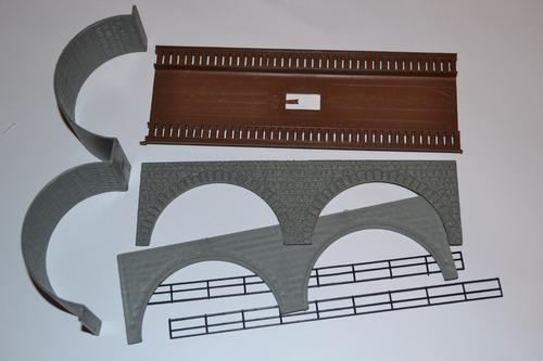 maqueta para armar entrada de puente  marca vau- pe  esc. h0