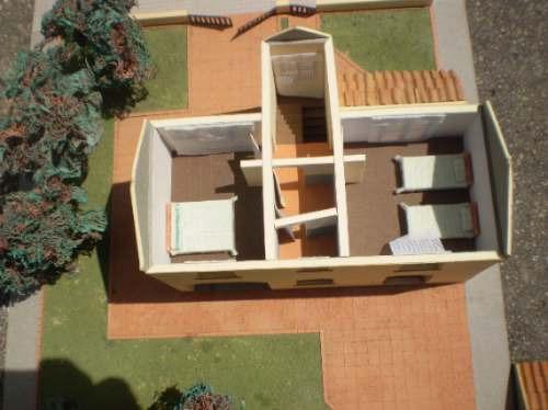 Maqueta unica muy finas terminaciones por fuera y por - Casas de madera por dentro ...