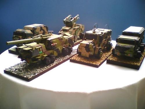 maquetas de vehículos anfibios, antimotin y tanques