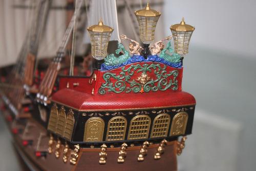 maquete navio pirata fabric revell alemanha