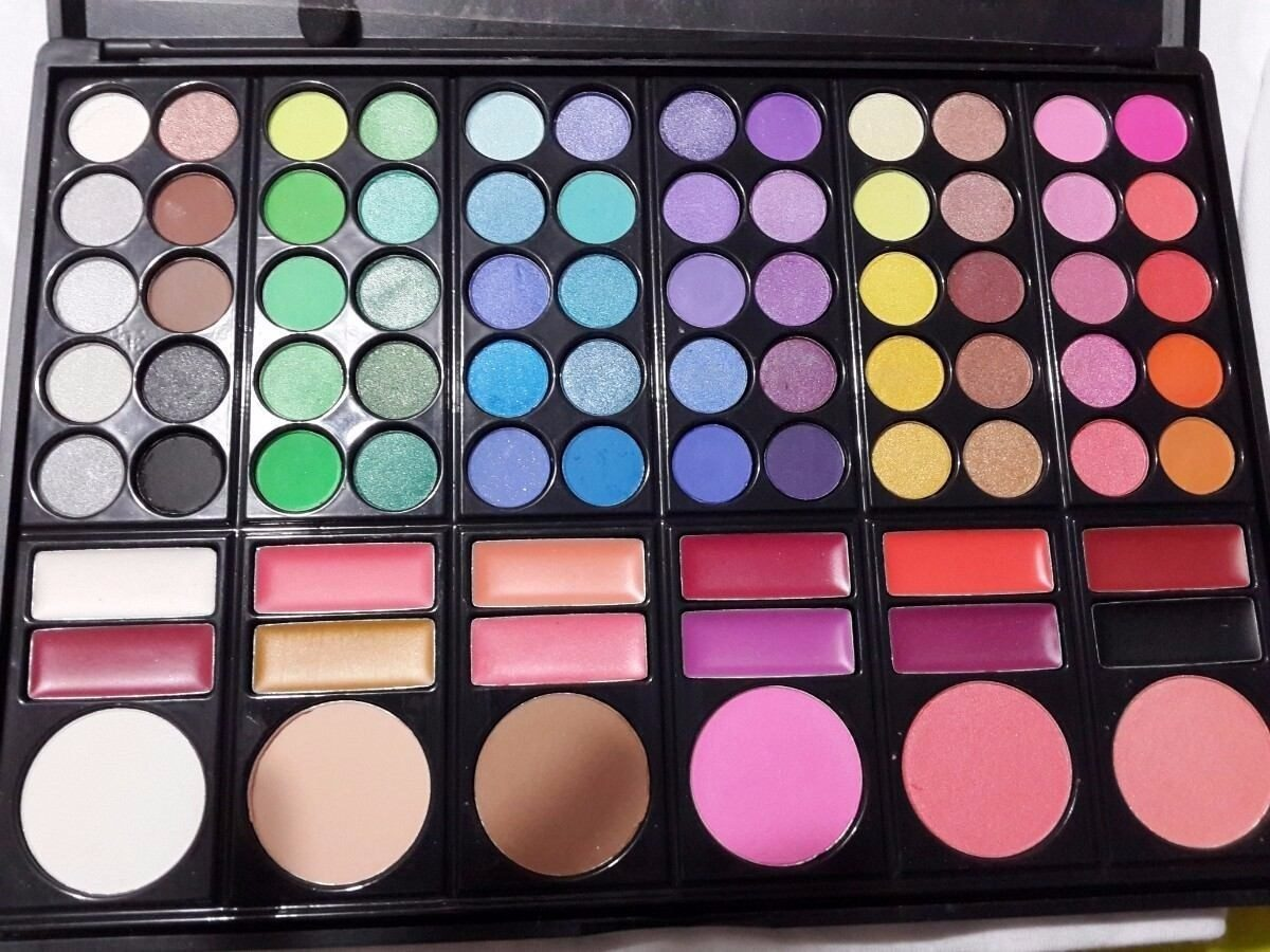 Maquillaje Mac Paleta De Sombra 78 Colores 60 Y 88 Colores