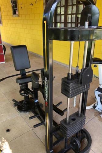máquina adutora para academia ou laser em casa.