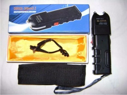 máquina aparelho de choque defesa pessoal taser police pro
