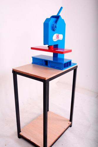 maquina chinelo manual corta em único movimento com 10 facas