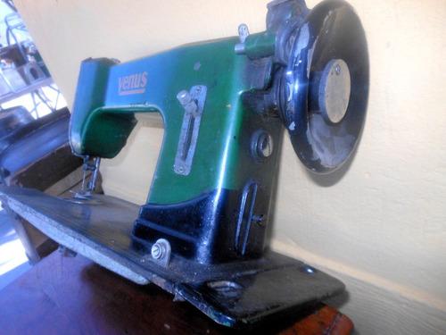 máquina coser antiguo