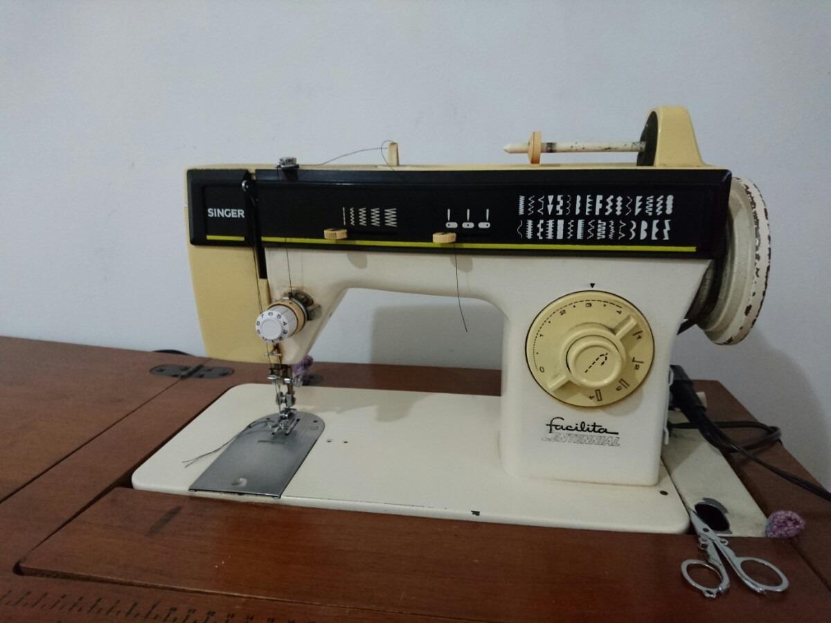 Maquina De Coser Singer: Facilita Centennial - $ 2,500.00