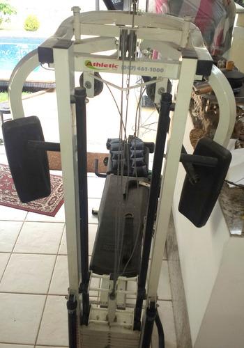 maquina de academia completa com vários aparelhos athletic