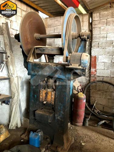 máquina de arquear mola