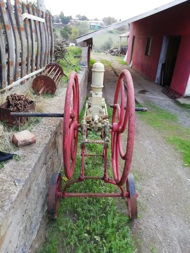 maquina de bombeo de vino (reliquia)