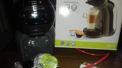 maquina de café dolce gusto negra usada