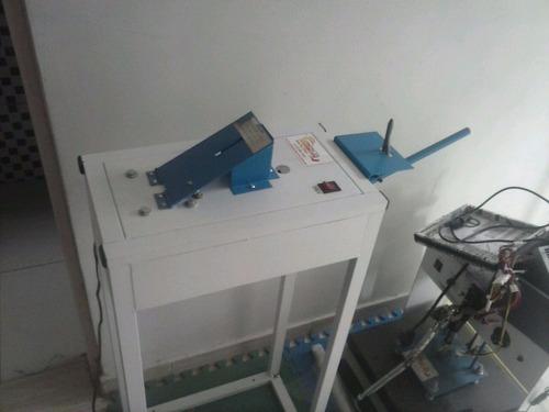 máquina de chinelos manual compacta print