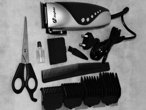 máquina de cortar cabelos c/ pentes esc e tesoura silenciosa