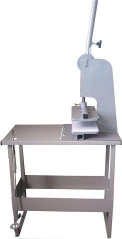 máquina de corte  chinelos e sandálias (com base)