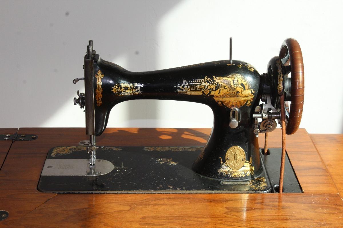 Maquina De Coser Antigua Singer 1904 - $ 7,000.00 en