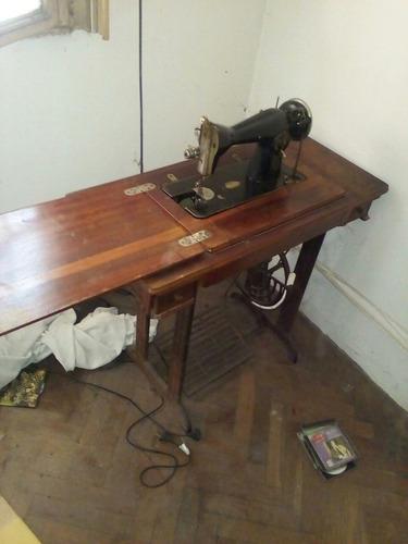 máquina de coser bromberg