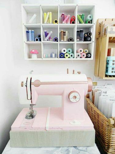 maquina de coser happy stitch de heidi swapp rosada