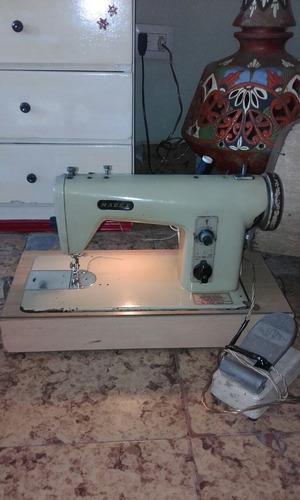 máquina de coser madex