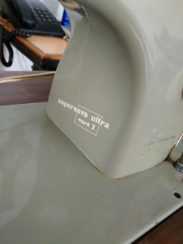 maquina de coser necchi