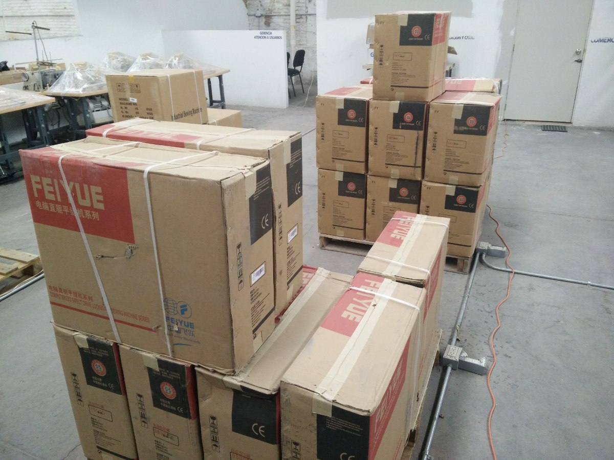 Maquina De Coser Presilladora Industrial 42 Puntadas 110 V