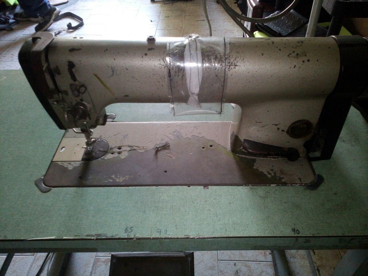 Maquina De Coser Recta Semi Industrial - Bs. 480.000,00 en