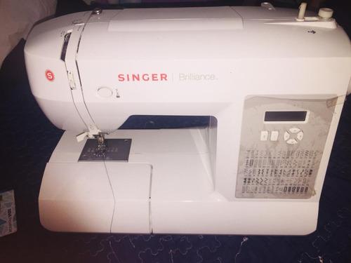 Maquina De Coser Singer Brilliance 6180 - Bs. 5.000,00 en