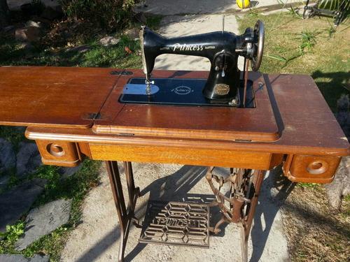 máquina de coser singer, funcionando