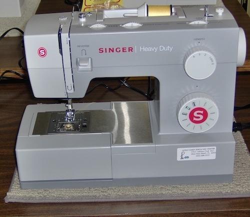 máquina de coser singer heavy duty 4423