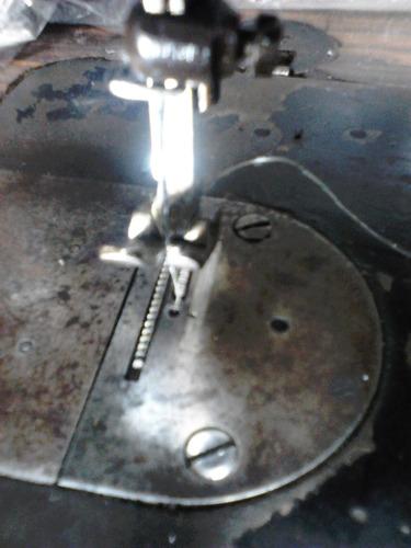 maquina de coser singer profesional funcionando eléctrica