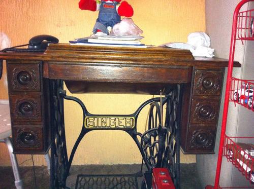 maquina de coser solo para conocedores  (antigüa)