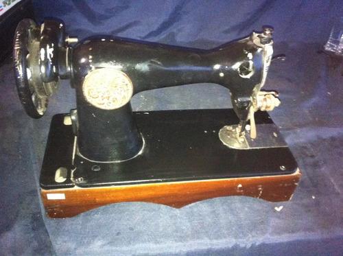 máquina de costura manual de ferro antiga p decoraçao linda