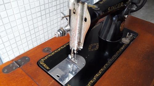 máquina de costura singer antiga com manual e  acessórios