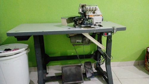 maquina de costura siruba interlock 757e